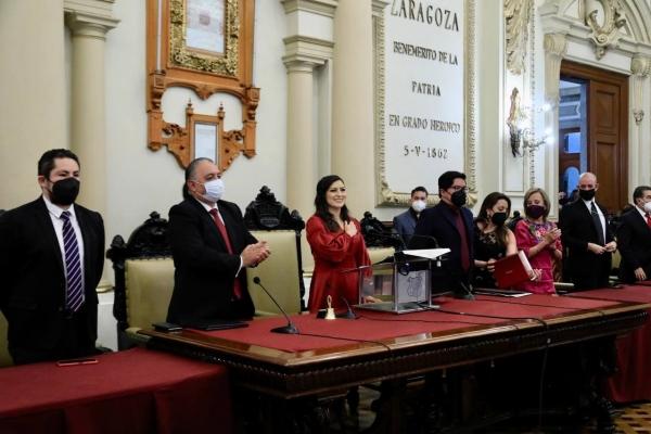CLAUDIA RIVERA VIVANCO RINDE SU TERCER INFORME DE GOBIERNO